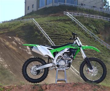 Teste die KX Modelle 2016am Team Green Day!
