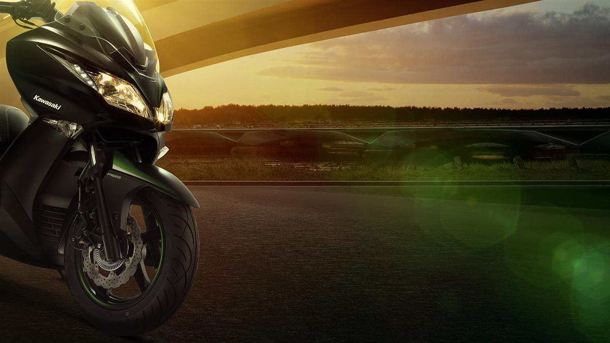 EICMA 2015: Kawasaki präsentiert den J125