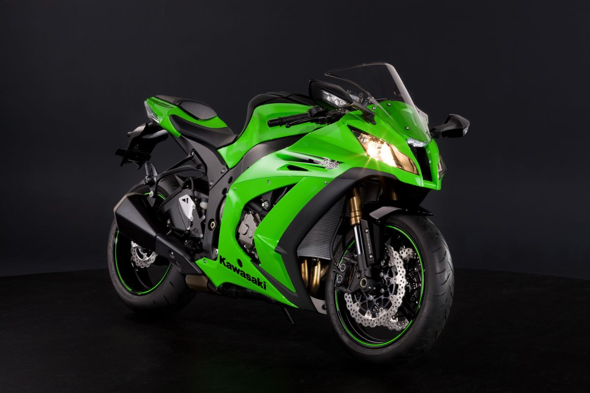 Lime Green Kawasaki Ninja Zxe