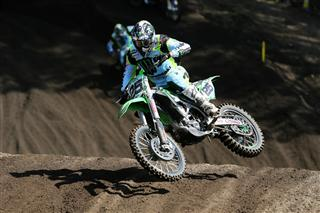 Clement Desalle maintains his title challenge