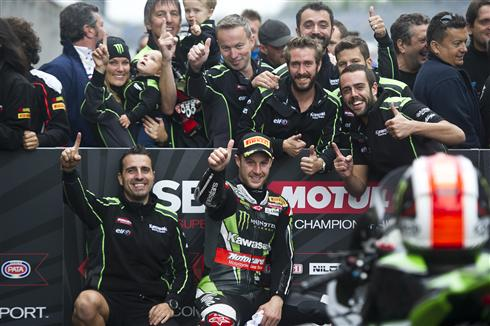 Rea Makes Return To Winning Form As Sykes Finds Misfortune
