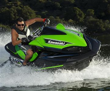 Kawasaki-vesijettimallisto täydentyi Ultra 310R -mallilla