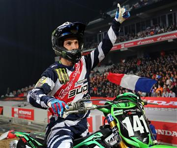 Maxime Desprey s'impose au Supercross de Paris-Lille.