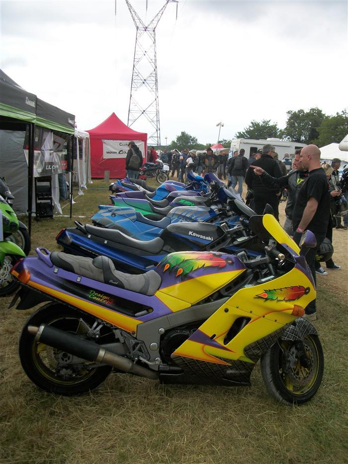 Le Club ZZR participait aux Coupes Moto Légende