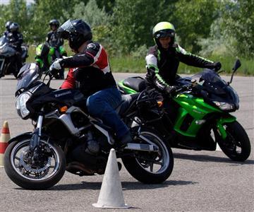 Kawasaki vezetéstechnikai tréningek