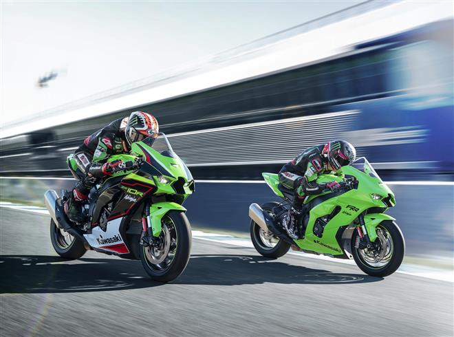 UK press get set for 2021 Ninja ZX-10R launch