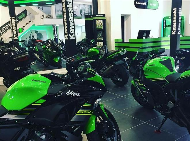 Derby Kawasaki Celebrate Opening with Green Friday