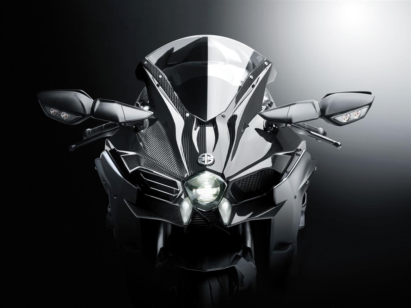 SCROLL DOWN Ninja H2 Carbon