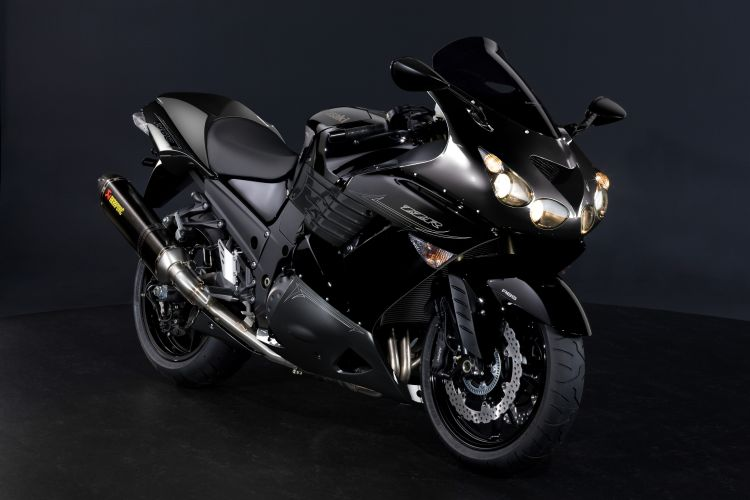 11MY_ZZR1400_Performance_BLK