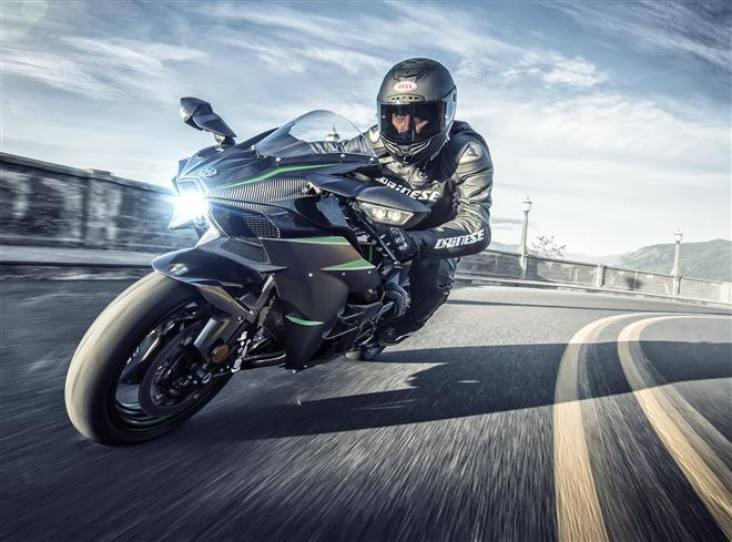 "Bonneville Speed Week Unveil for 2019 ""Power Up"" Ninja H2"