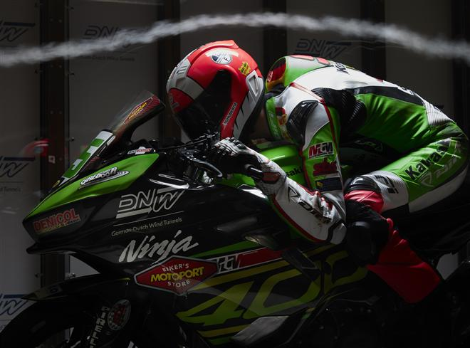 Scott Deroue evaluates Ninja 400 aerodynamic ideas in wind tunnel