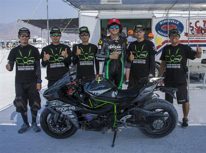 Ninja H2 Sets World Speed Record at Bonneville Speed Week