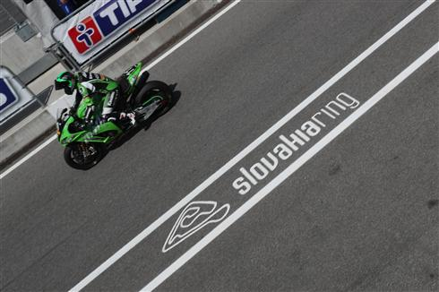 Kawasaki SRC in contention for Slovakia 8 hour