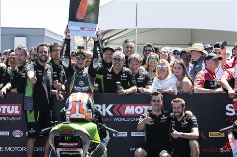 Clear Race Win For Rea At Laguna Seca