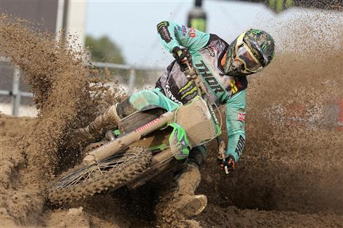 Clement Desalle maintains third in the MXGP standings