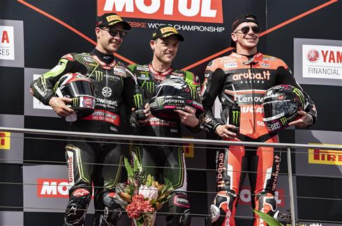 Lowes And Rea Share Sunday Race Wins For KRT