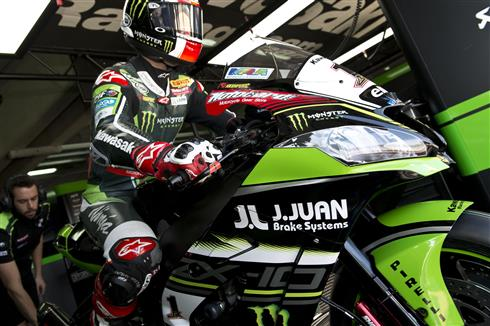 Kawasaki Racing Team and J.Juan sign new two year deal
