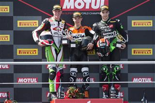 Double Podium Score For New Kawasaki Ninja 400