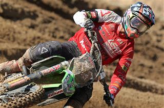Jed Beaton stays fifth in MX2