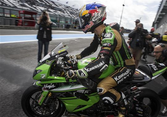Sofuoglu Injured And Out Of Contention After Superpole Crash
