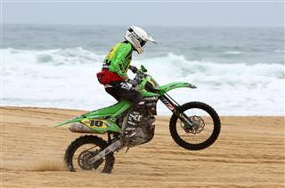 Van de Sande leads the Kawasaki assault on the French beaches